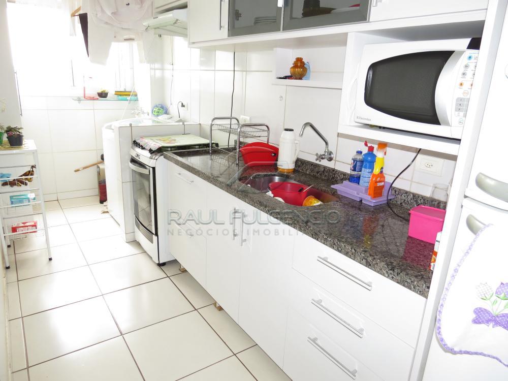 Comprar Apartamento / Padrão em Londrina R$ 290.000,00 - Foto 16