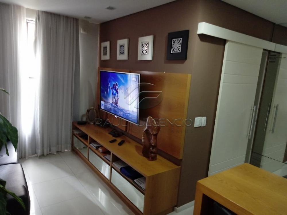 Comprar Apartamento / Flat em Londrina R$ 220.000,00 - Foto 2