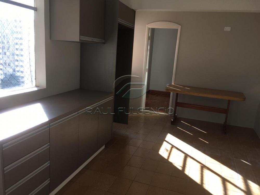 Comprar Apartamento / Padrão em Londrina R$ 380.000,00 - Foto 2