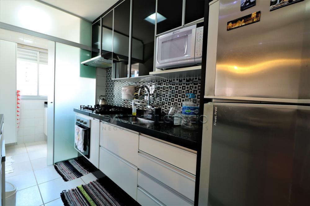 Comprar Apartamento / Padrão em Londrina apenas R$ 375.000,00 - Foto 13