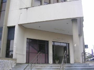 Londrina Centro Sala Locacao R$ 1.200,00 Condominio R$1.100,00  2 Vagas Area construida 82.00m2
