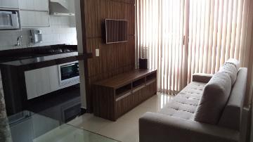 Alugar Apartamento / Padrão em Londrina. apenas R$ 220.000,00