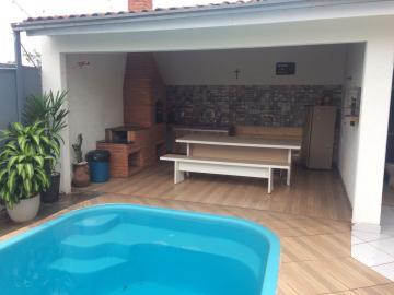 Alugar Casa / Sobrado em Londrina. apenas R$ 595.000,00