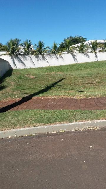 Alugar Terreno / Condomínio em Londrina. apenas R$ 900.000,00