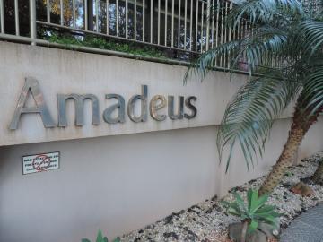 Alugar Apartamento / Padrão em Londrina. apenas R$ 798.000,00