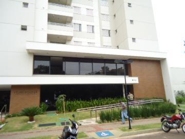 Comprar Apartamento / Padrão em Londrina. apenas R$ 380.000,00
