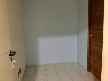 Londrina Centro Sala Locacao R$ 880,00 Condominio R$420,00  1 Vaga Area construida 45.00m2