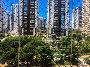 Apartamento / Padrão em Londrina , Comprar por R$825.000,00