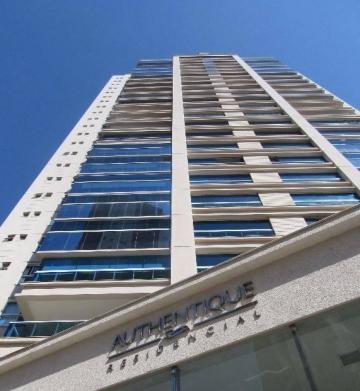 Apartamento / Padrão em Londrina , Comprar por R$1.450.000,00