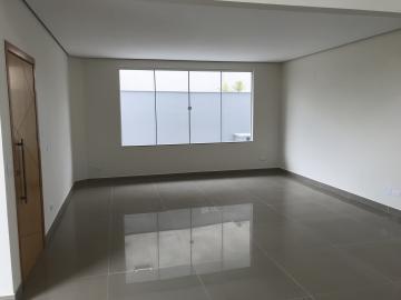 Londrina Vivendas do Arvoredo casa Locacao R$ 5.400,00 Condominio R$900,00 4 Dormitorios 2 Vagas Area do terreno 360.00m2 Area construida 273.00m2