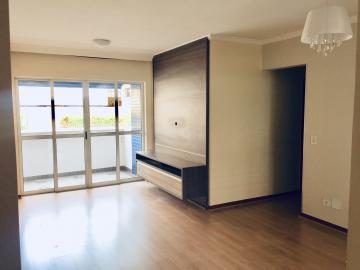 Comprar Apartamento / Padrão em Londrina R$ 325.000,00 - Foto 2