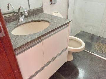 Comprar Apartamento / Padrão em Londrina R$ 325.000,00 - Foto 14
