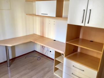 Comprar Apartamento / Padrão em Londrina R$ 325.000,00 - Foto 17