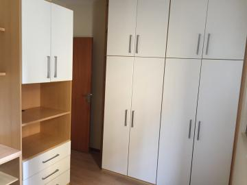 Comprar Apartamento / Padrão em Londrina R$ 325.000,00 - Foto 19