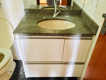 Comprar Apartamento / Padrão em Londrina R$ 325.000,00 - Foto 24