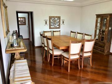 Alugar Apartamento / Padrão em Londrina. apenas R$ 770.000,00