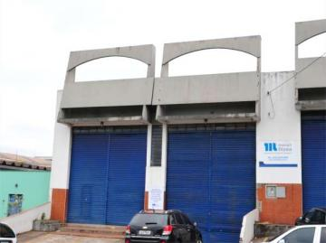 Comercial / Barracão em Londrina Alugar por R$7.500,00