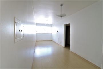 Alugar Apartamento / Padrão em Londrina. apenas R$ 245.000,00