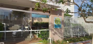 Alugar Apartamento / Padrão em Londrina. apenas R$ 1.170,00