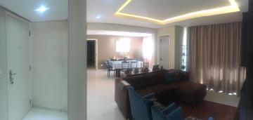 Alugar Apartamento / Padrão em Londrina. apenas R$ 485.000,00