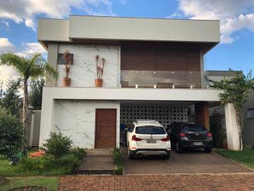 Alugar Casa / Condomínio Sobrado em Londrina. apenas R$ 920.000,00