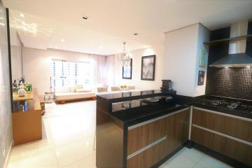 Alugar Apartamento / Padrão em Londrina. apenas R$ 450.000,00