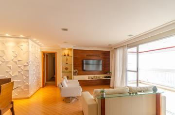 Apartamento / Padrão em Londrina Alugar por R$2.600,00