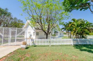 Casa / Condomínio Sobrado em Londrina Alugar por R$5.900,00
