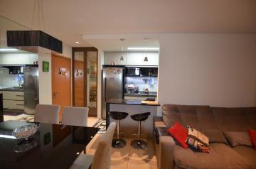 Apartamento / Padrão em Londrina , Comprar por R$285.000,00