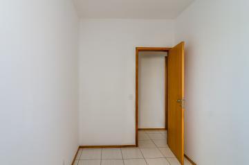 Alugar Apartamento / Padrão em Londrina R$ 1.050,00 - Foto 14
