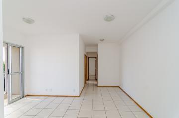 Alugar Apartamento / Padrão em Londrina R$ 1.050,00 - Foto 3