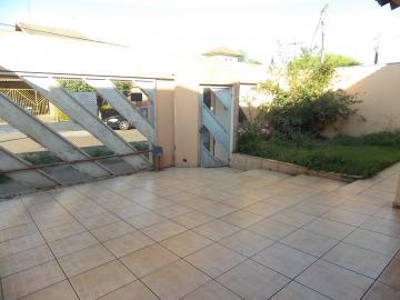 Alugar Casa / Térrea em Londrina. apenas R$ 455.000,00
