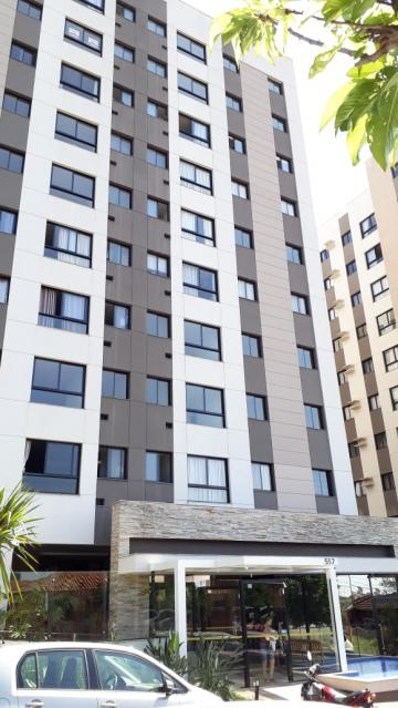 Apartamento / Padrão em Londrina Alugar por R$1.000,00