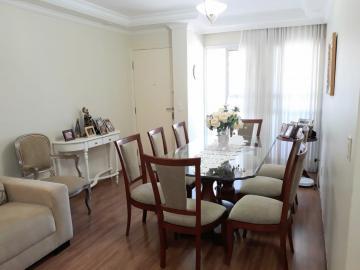 Alugar Apartamento / Padrão em Londrina. apenas R$ 430.000,00