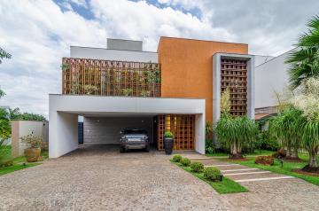 Alugar Casa / Condomínio Sobrado em Londrina. apenas R$ 3.600.000,00