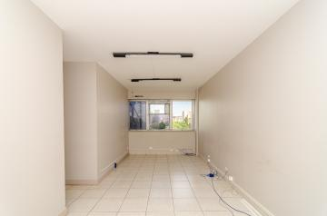 Londrina Centro Comercial Locacao R$ 2.600,00 Condominio R$612,52  2 Vagas Area construida 130.00m2