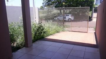 Casa / Térrea em Londrina Alugar por R$1.200,00