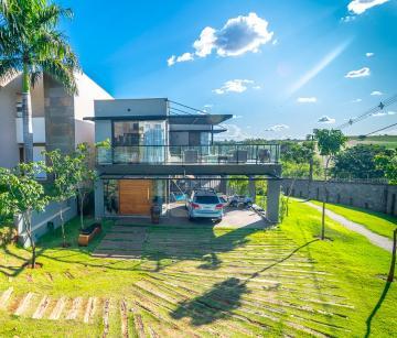 Alugar Casa / Condomínio Sobrado em Londrina. apenas R$ 1.390.000,00