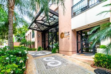 Alugar Apartamento / Padrão em Londrina. apenas R$ 1.450,00