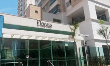 Apartamento / Padrão em Londrina Alugar por R$2.300,00