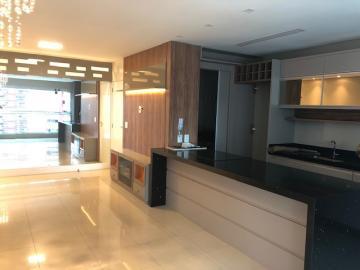 Apartamento / Padrão em Londrina , Comprar por R$580.000,00
