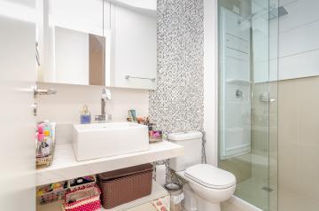 Apartamento / Padrão em Londrina , Comprar por R$950.000,00