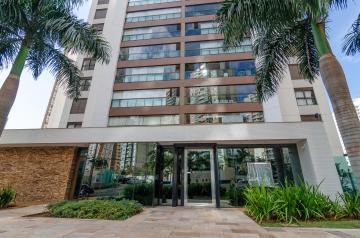 Apartamento / Padrão em Londrina Alugar por R$4.300,00
