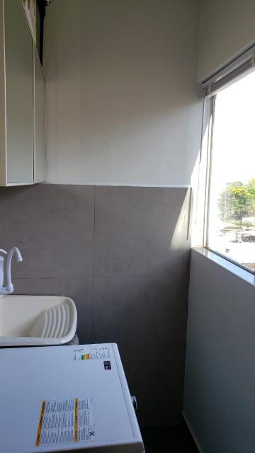 Apartamento / Padrão em Londrina , Comprar por R$150.000,00