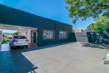 Comercial / Casa em Londrina , Comprar por R$890.000,00