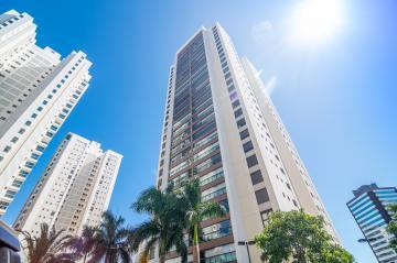 Apartamento / Padrão em Londrina , Comprar por R$1.300.000,00