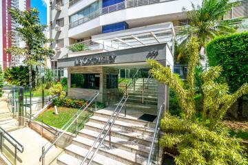 Alugar Apartamento / Padrão em Londrina. apenas R$ 2.400,00