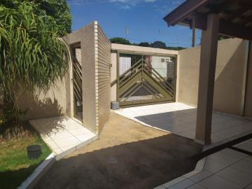 Alugar Casa / Térrea em Londrina. apenas R$ 480.000,00