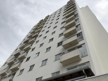 Apartamento / Padrão em Londrina Alugar por R$990,00