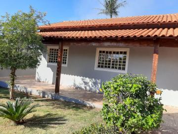 Alugar Casa / Térrea em Londrina. apenas R$ 220.000,00